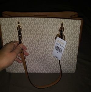 Brand New Michael Kors Handbag & Wallet